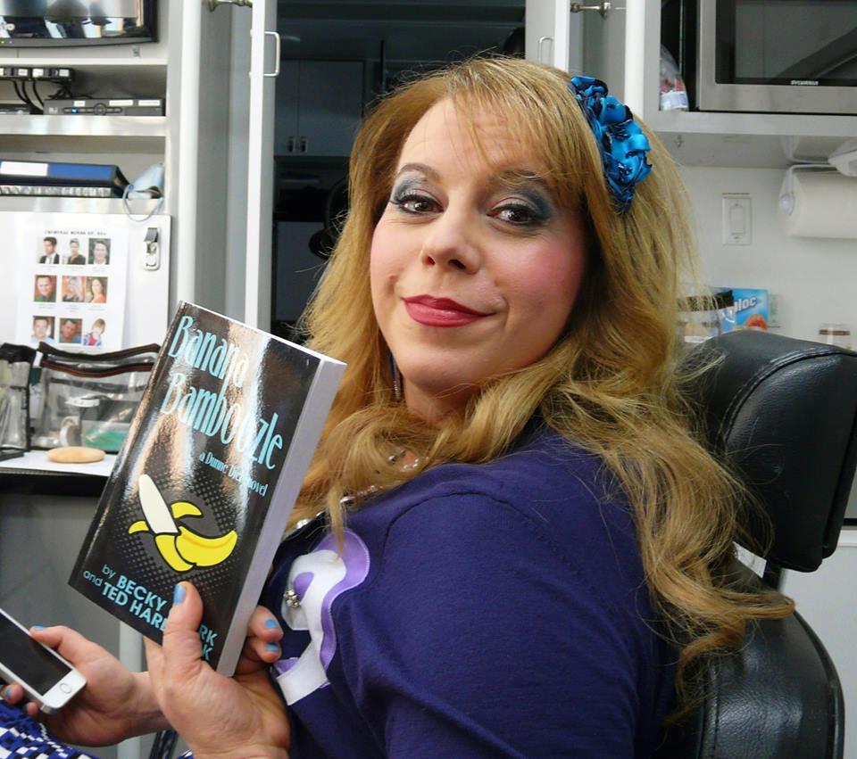 Kirsten Vangness:Penelope Garcia